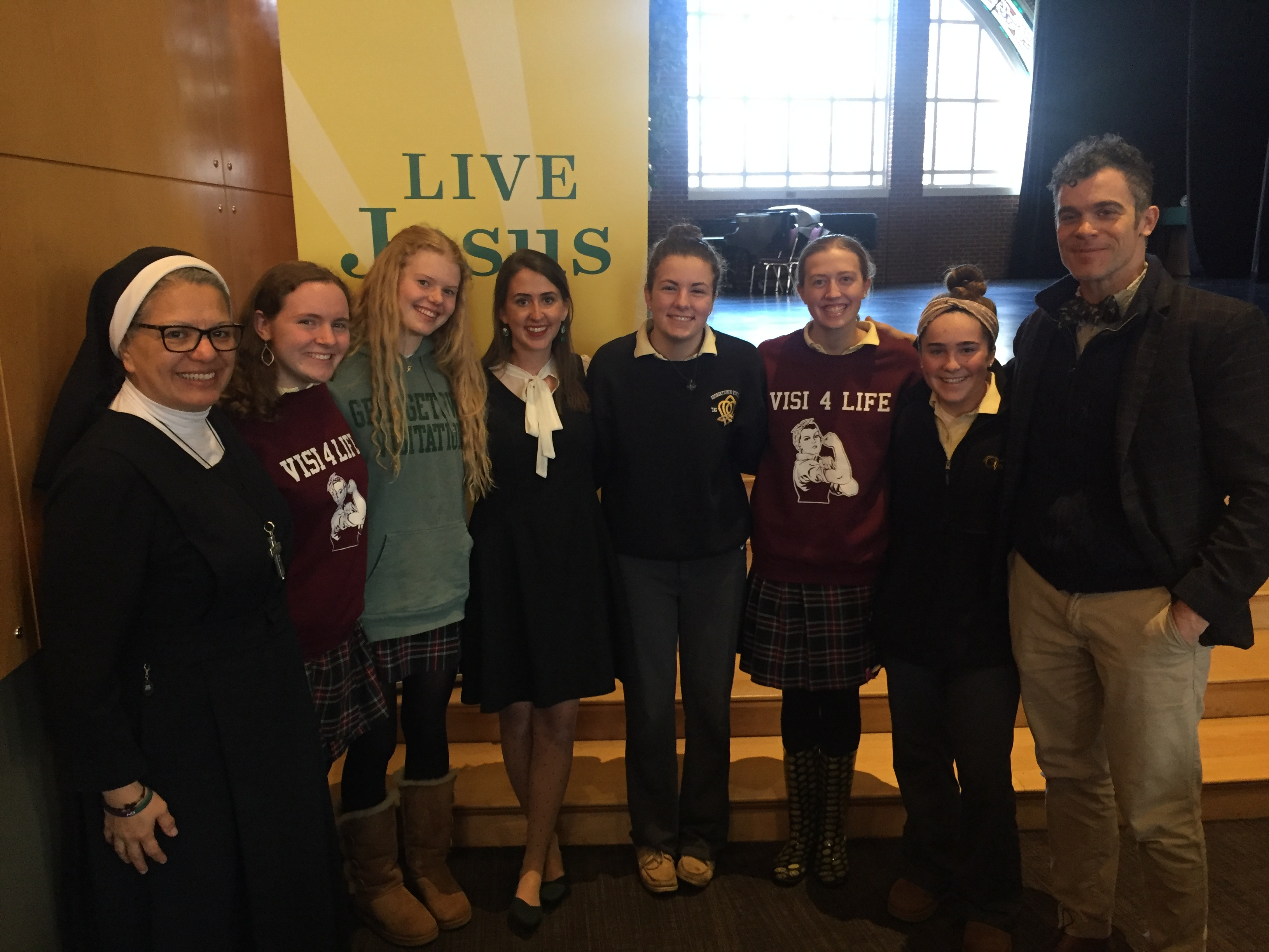 Pro-Life Activist Jeanne Marie Hathway '16 Speaks to Visi Students
